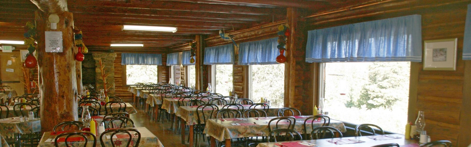 Echo Lake Lodge Restaurant Hours